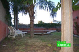 piscina-zona-cocina-chalet-valencia