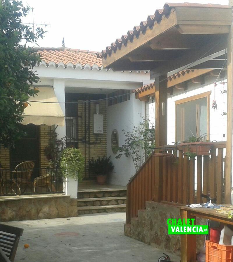 G10972n-vista-terraza-chalet-valencia