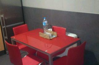 G11104-cocina-mesa