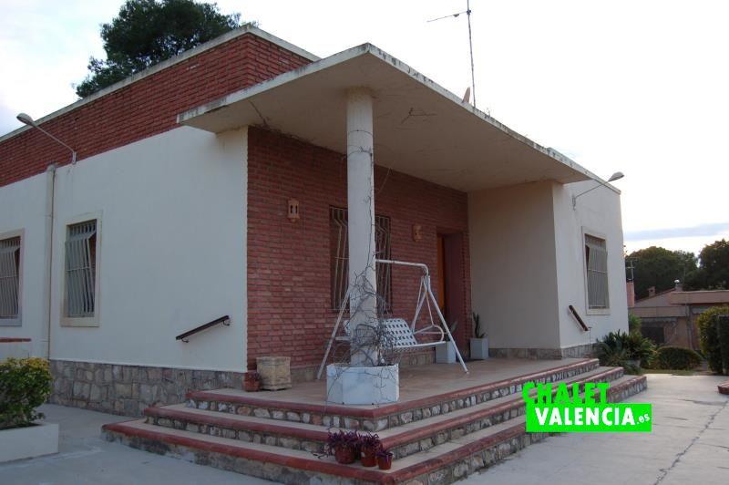 G11188-terraza-entrada-chalet-valencia