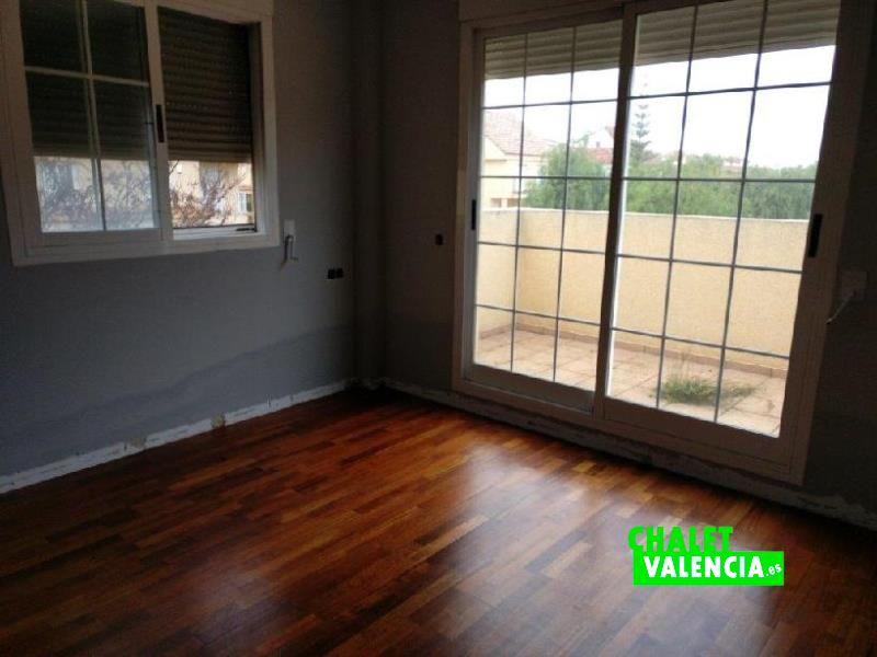 Habitación principal chalet de banco Campolivar
