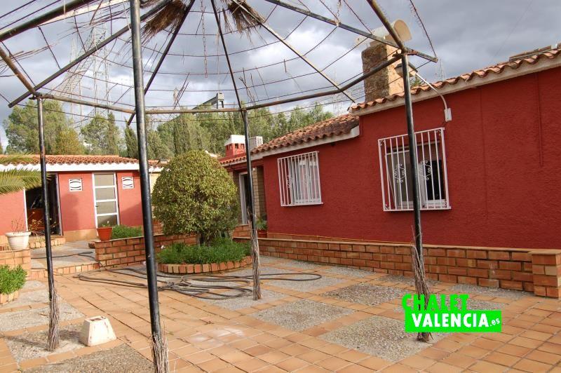 Cenador central La ELiana Valencia