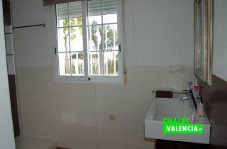 G12176-bano-suite-1-chalet-valencia