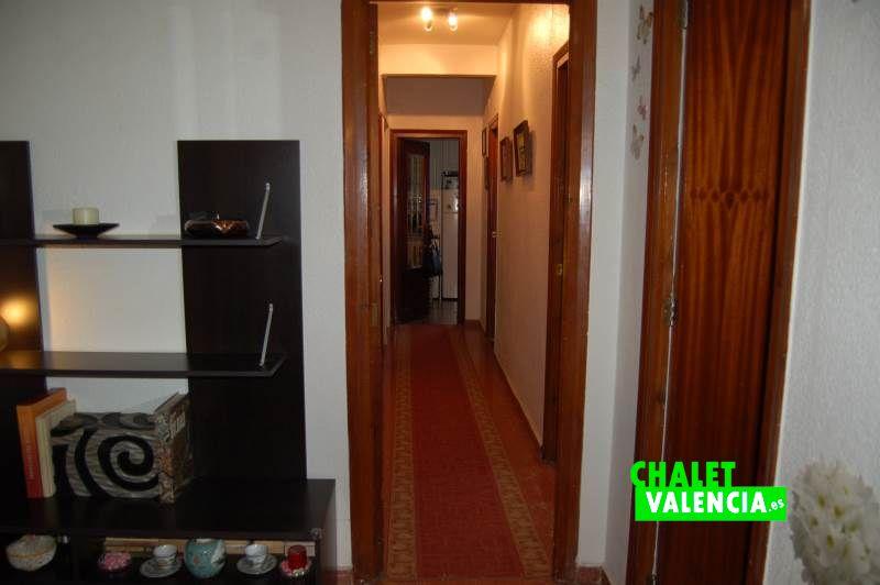 G11894-pasillo-5-chalet-valencia