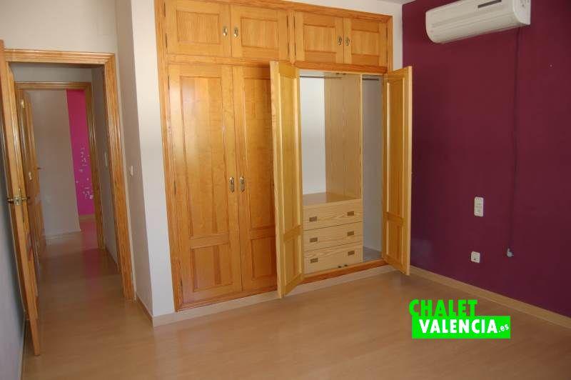 2 habitaciones y baño en semi altura