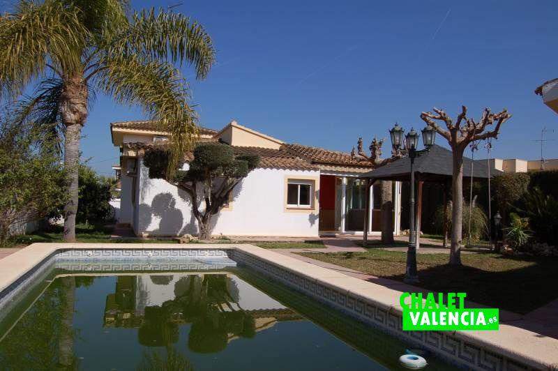 G11909-piscina-chalet-valencia