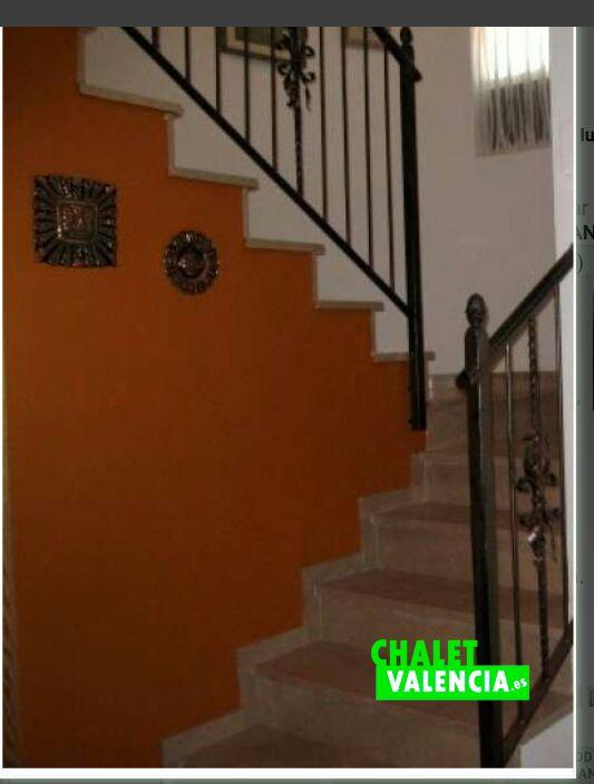 G11912-escaleras-chalet-valencia