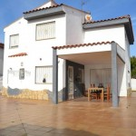 Maison jumelée moderne avec piscine à la Reva Ribarroja