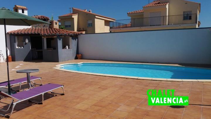 G11912-piscina-paellero-cv-chalet-valencia