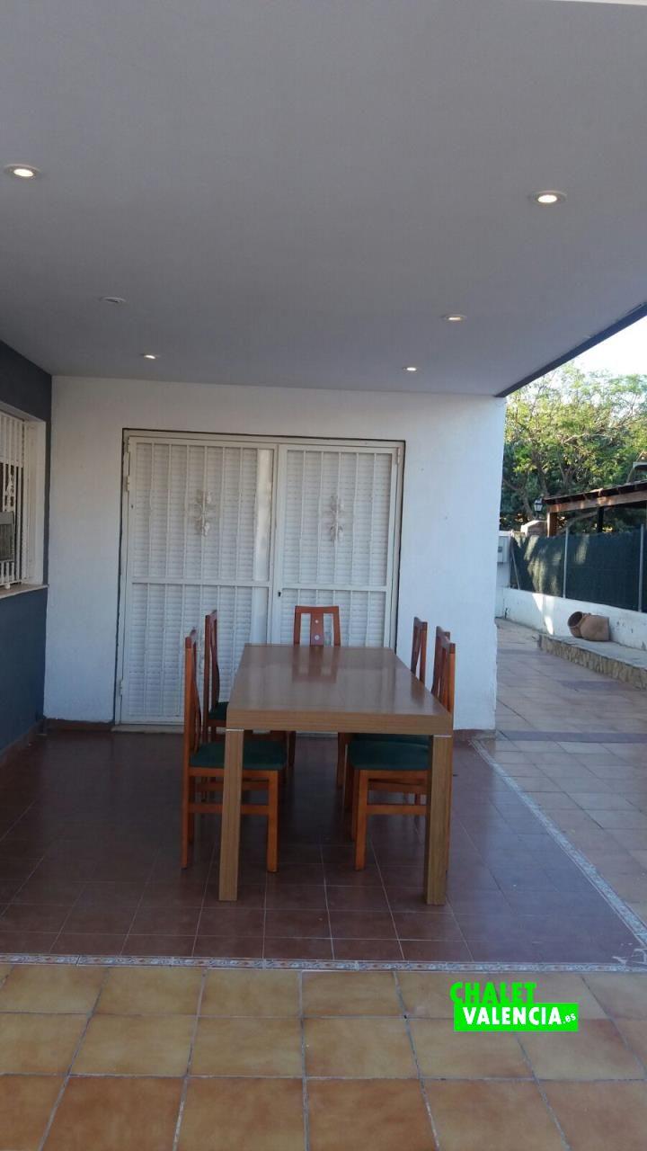 G11912-terraza-principal-cv-chalet-valencia