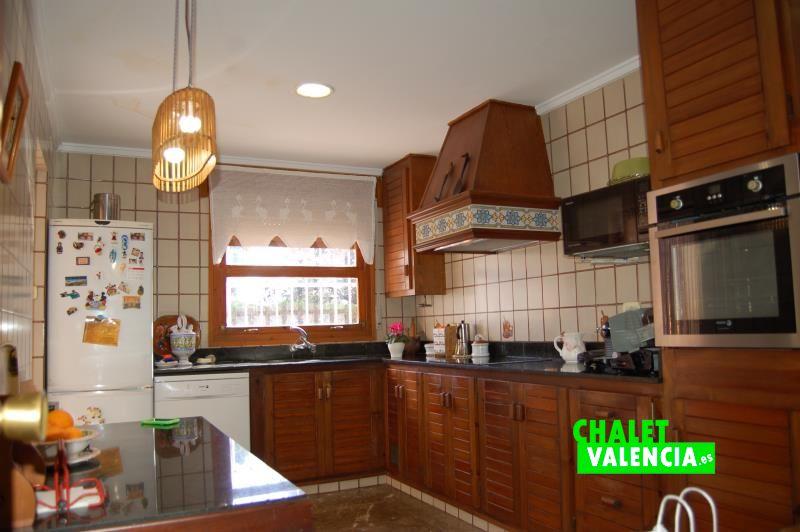 G11916-cocina-3-chalet-valencia