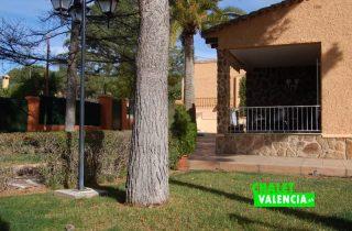 G11916-jardin-terraza-chalet-valencia