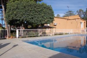 Chalet con pinada y piscina Naquera Valencia