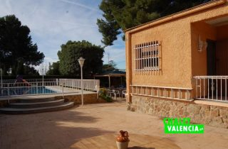 G11916-piscina-sur-chalet-valencia