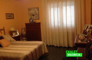 G12311-habitacion-3-con-bano-chalet-valencia-colinas