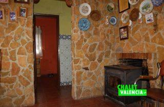 G12582-salon-comedor-chimenea-chalet-lliria-valencia