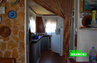 G12582-salon-comedor-cocina-chalet-lliria-valencia