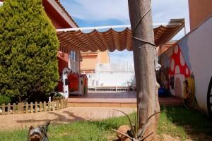 G13288-terraza-piscina-jardin-chalet-valencia