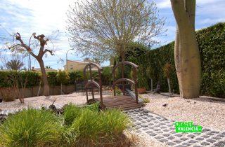G13336-jardin-estilo-particular-chalet-valencia