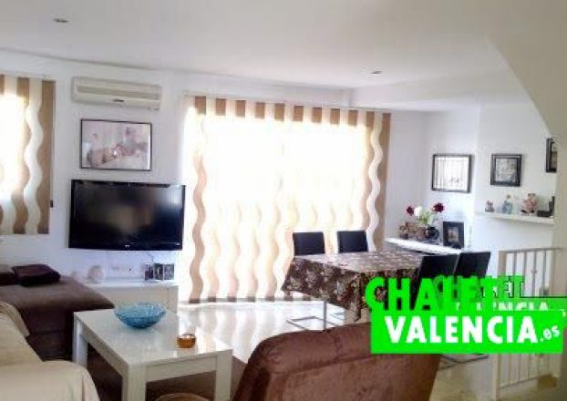 G4552-salon-comedor-4-chalet-Valencia