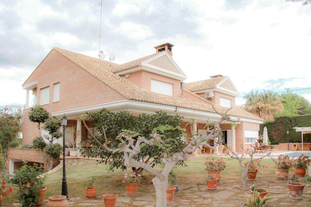 Chalet de lujo de banco en La Cañada Valencia