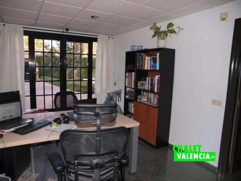 Habitación despacho en planta baja Entrepinos