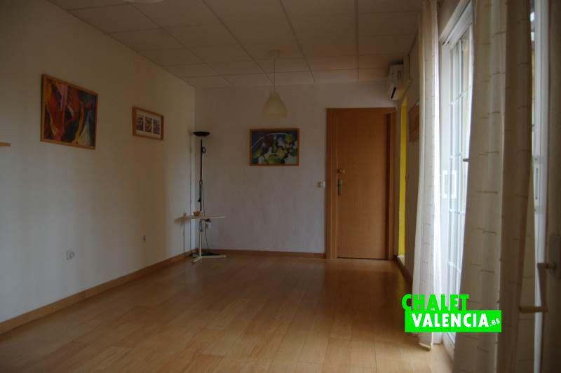 Gran habitación planta baja con terraza exterior