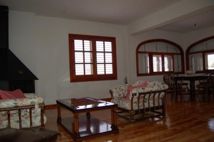 Salón en primera planta chalet Cumbres S. Antonio