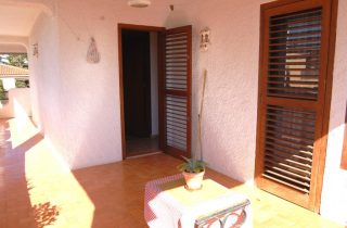 G14301-terraza-habitaciones-2-chalet-valencia