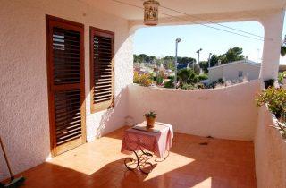 G14301-terraza-habitaciones-3-chalet-valencia
