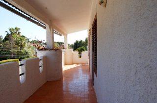 G14301-terraza-habitaciones-5-chalet-valencia