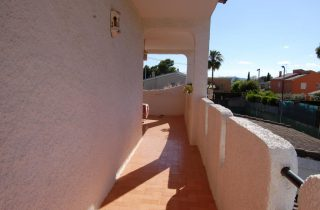 G14301-terraza-habitaciones-chalet-valencia