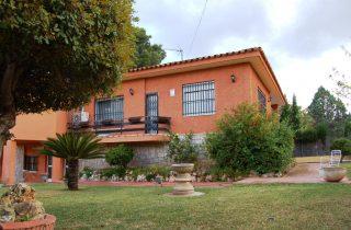 G14435-jardin-fachada-chalet-valencia
