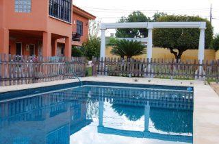 G14435-piscina-fachada-chalet-valencia