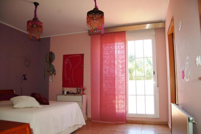 Habitación suite con vestidor y baño