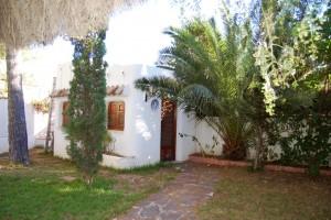 15210-jardin-entrada-3-chalet-valencia