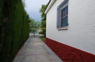 G14984-lateral-fachada-chalet-valencia