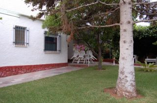 G14984-piscina-zona-jardin-chalet-valencia