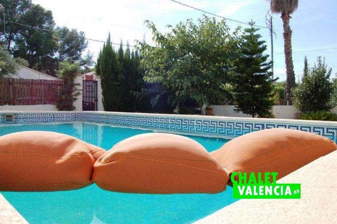 Detalle piscina Montesol La Eliana