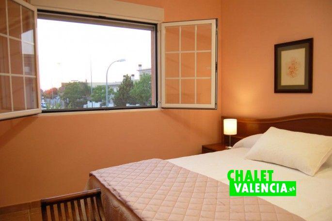 Habitación suite chalet La Eliana