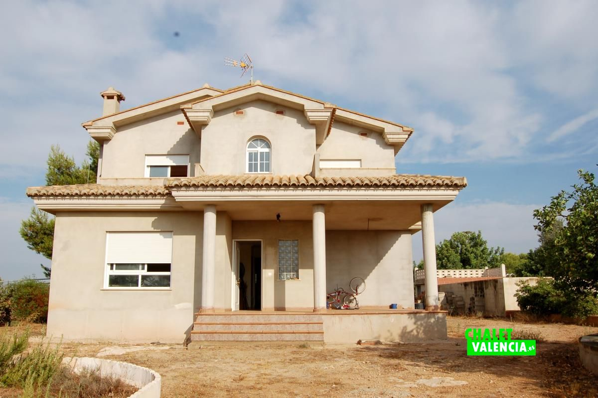 Villa Under Construction In La Pobla Vallbona Chalet