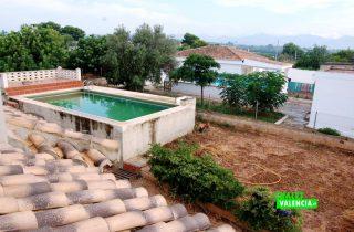 15900-habitacion-vistas-piscina-chalet-valencia