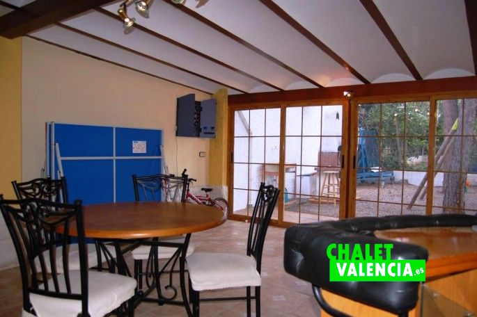 15956-exterior-sala-3-chalet-valencia