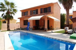 Venta masia traver piscina playa