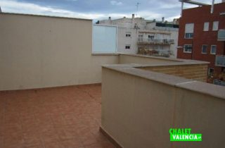 17041-buhardilla-terraza-chalet-valencia