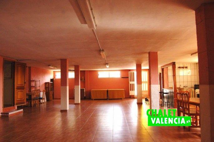 Gran sótano 160m2 Chalet Valencia