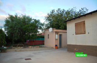 17591-exterior-casa-3-chalet-valencia