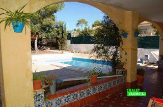 17680-terraza-piscina-2-chalet-valencia