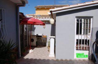 17716-exterior-casa-3-chalet-valencia