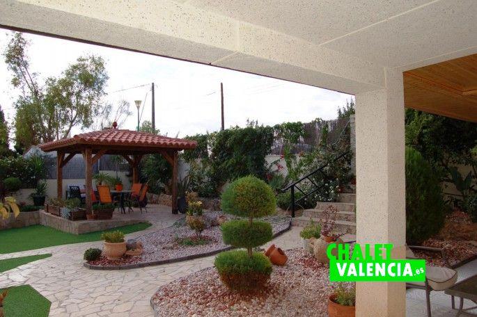 Entrada chalet en Chiva Valencia